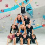 Trainer Christoph macht Acrobatik